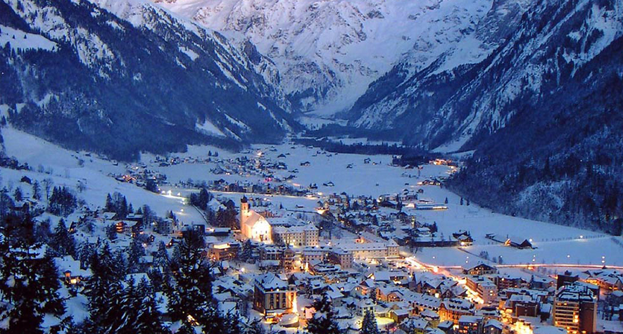 Get private airport transfers in Engelberg